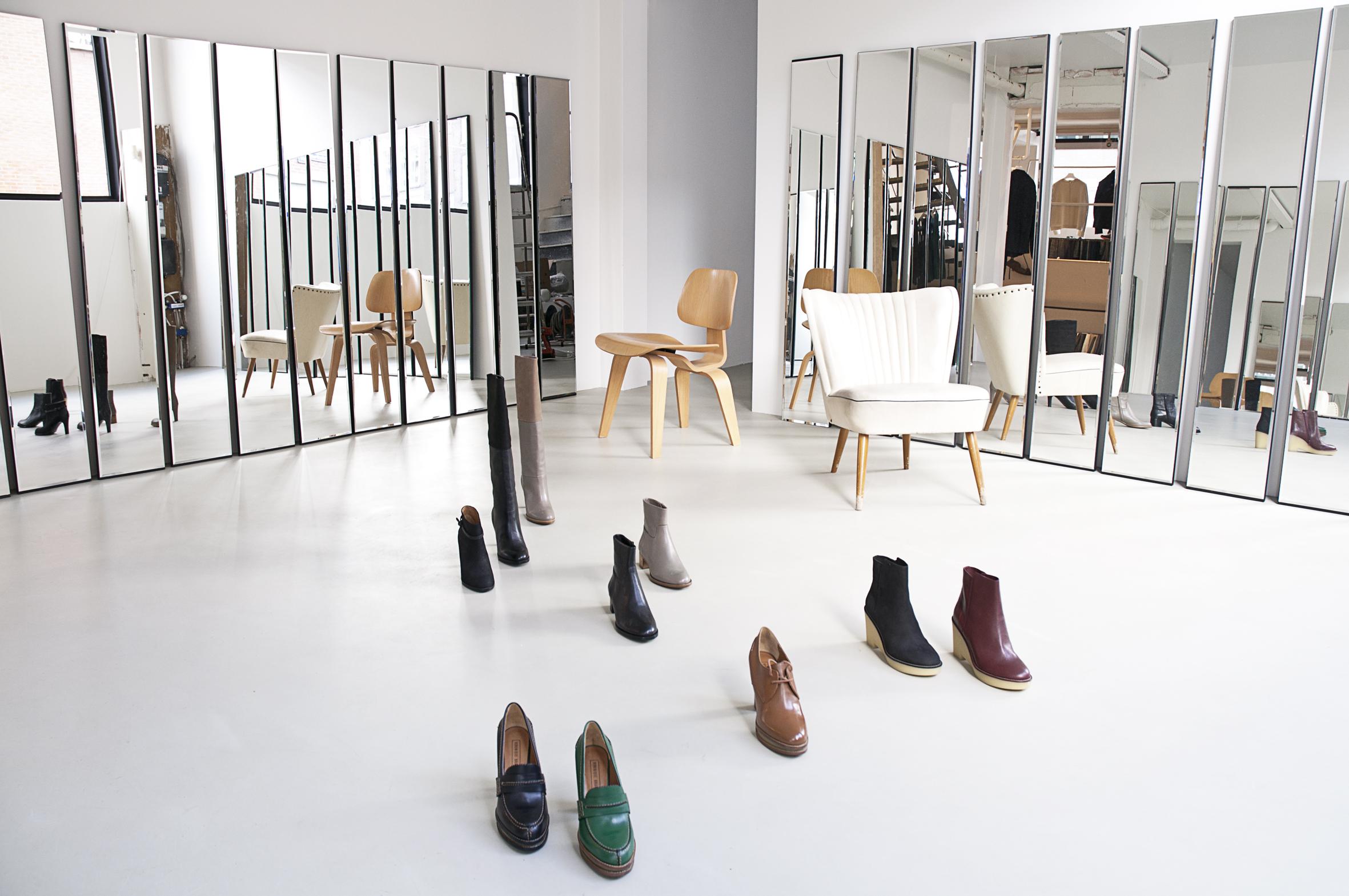 Informatie over de Wendela van Dijk winkel in de Van Oldenbarneveltstraat in Rotterdam. Hier vind je algemene informatie over Wendela van Dijk, de merken, openingstijden en contactgegevens.